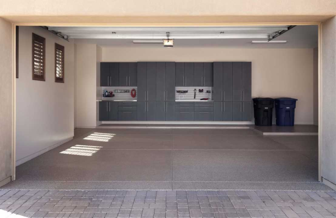 Granite-Cabinets-with-Double-Stainless-Workbenh-Sedona-8th-Flr-From-Driveway.jpg